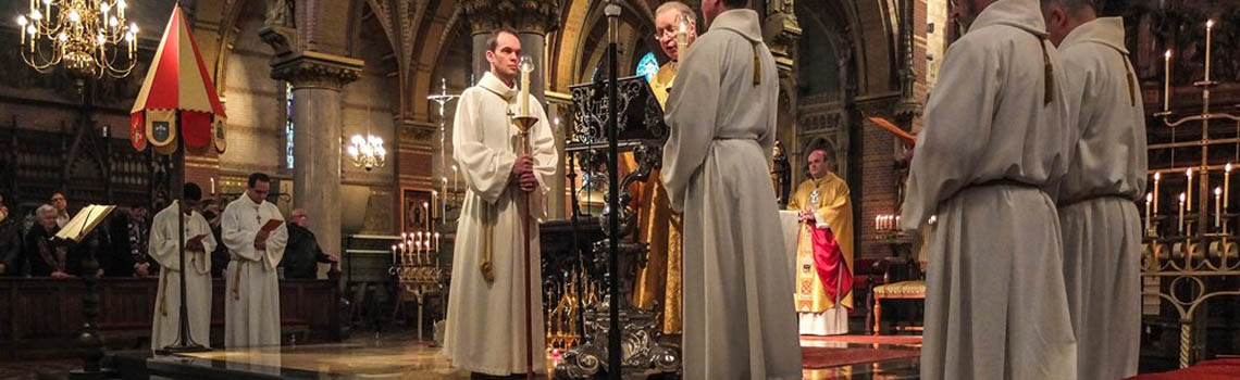 monseigneur pastor Vismans Liduina Basiliek Schiedam